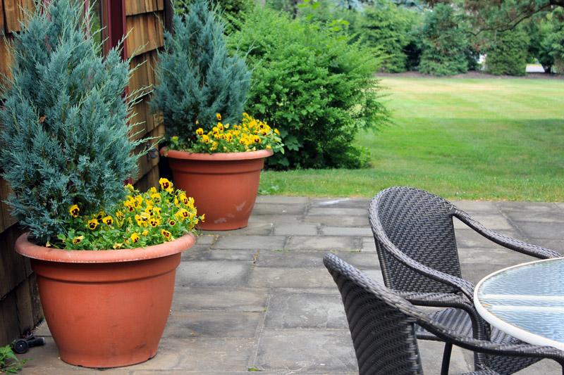 picnic-pots-timeless-gardens-ny